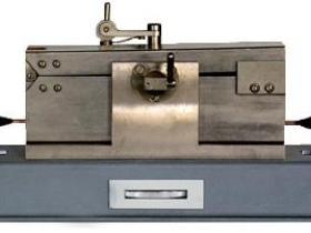 Испытательное оборудование РВД-БК для измерений  диэлектрической проницаемости и тангенса угла диэлектрических потерь керамических пластин